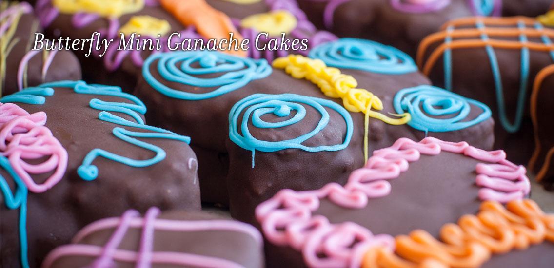 Spring-Mini-Cakes_Merridees_2018